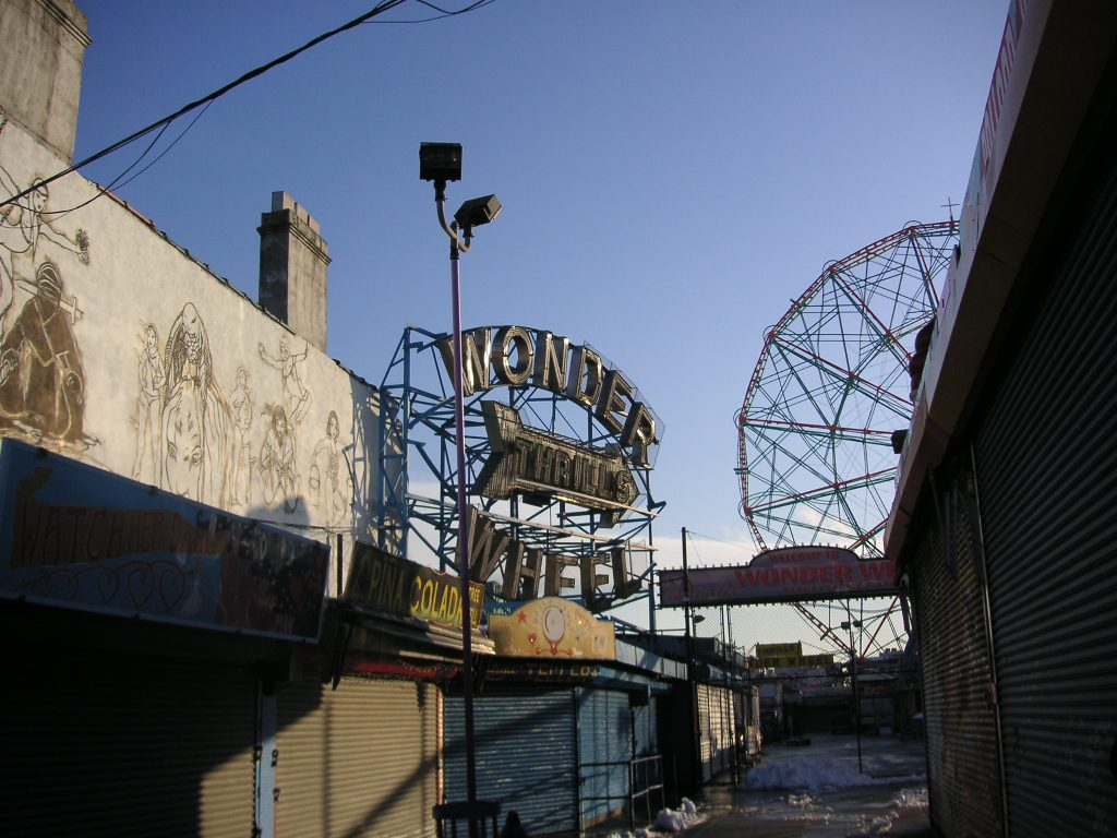 HM_Coney Island WonderWheelEntrance