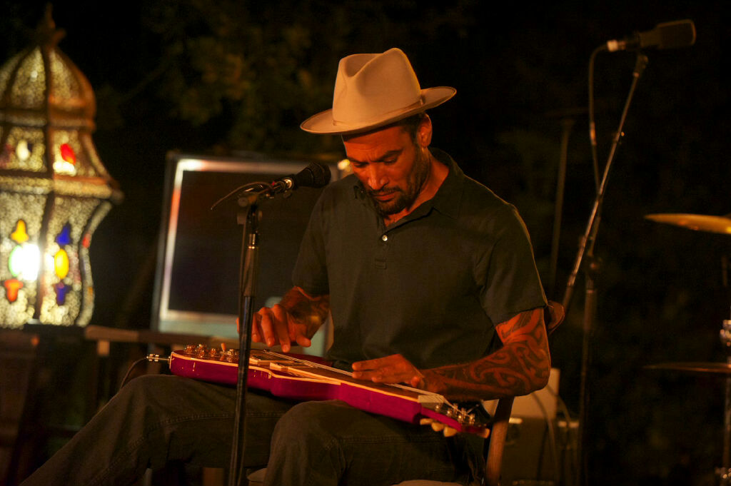 The Color of Sound: Silverlake Conservatory of Music Benefit_Ben Harper