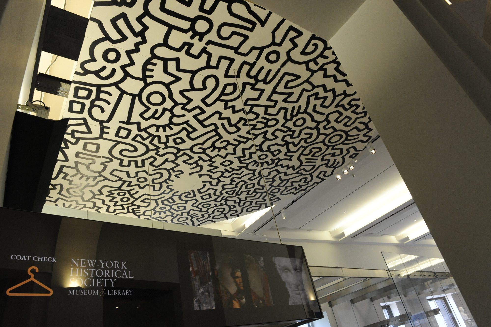 Keith Haring pop shop ceiling
